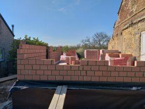 Consultez nos Services Maçonnerie en blocs terre cuite à Soye