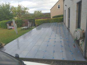 Consultez nos Services Terrasse carrelée en pierre bleue à Bois-de-Villers