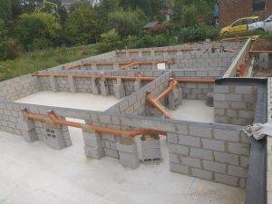 Consultez nos Services Vide ventilé en blocs béton et égouttage pour 4 logements à Mont-Saint-Guibert