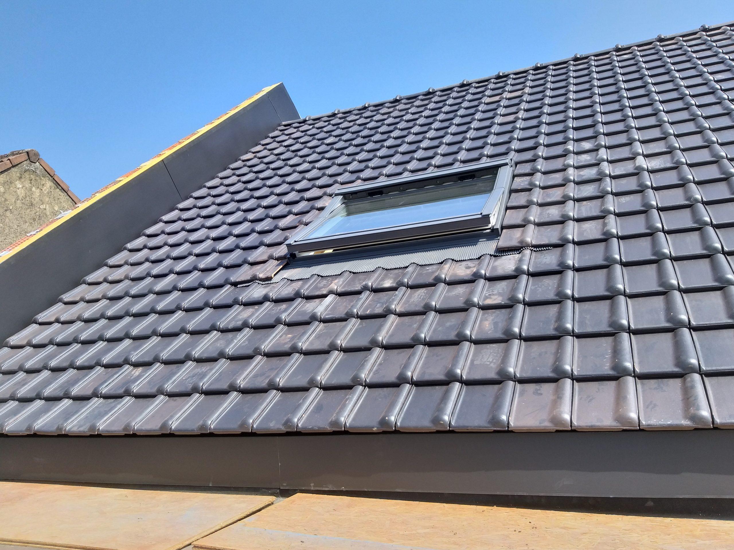Couverture toiture en tuiles à Soye